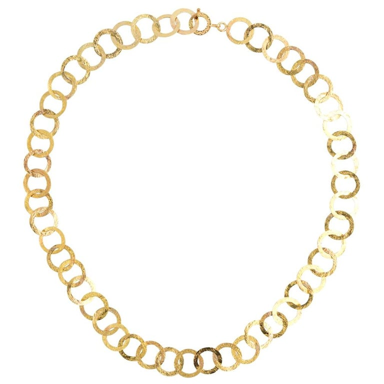 18 Karat Yellow Gold Textured Circle Link Necklace