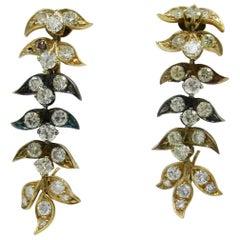 Yellow Diamond Earrings 4.55 Carat VS Modern Articulated Leaf Design 14 Karat