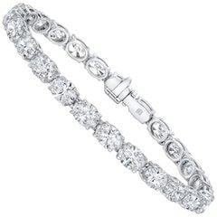 12.69 Carat F-G VS1-SI1 Oval Shaped Diamond Tennis Bracelet (18k Whte Gold)