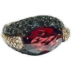 Red Garnet and Diamond Ring Set in 18 Karat Rose Gold