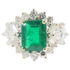 Diamond Emerald Cocktail Ring White Gold 18 Karat