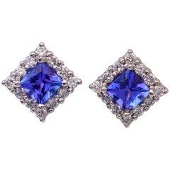 Tanzanite and Diamonds Stud Earrings