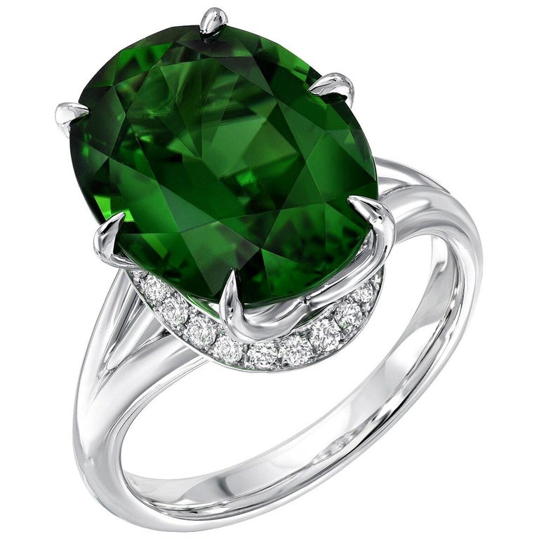 Chrome Green Tourmaline Ring Oval 7.70 Carats GIA Certified For Sale