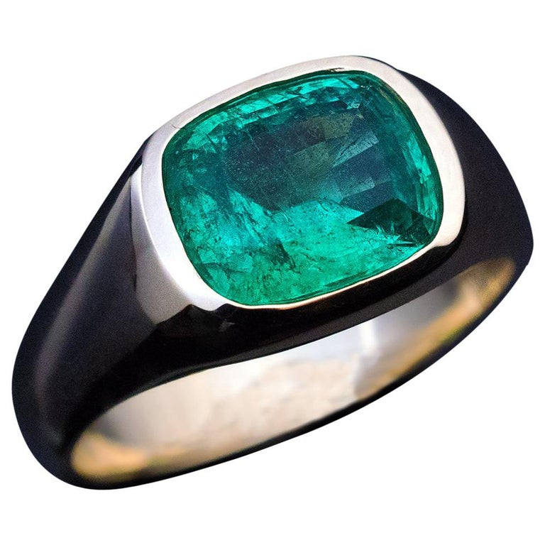 Rare Antique Russian Emerald Gold Unisex Ring For Sale