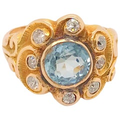 Art Nouveau Aquamarine & Diamond 14 Karat Yellow Gold Ring