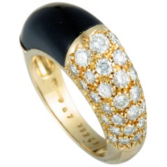 Cartier Vintage Diamonds and Onyx Small Yellow Gold Bombe Ring