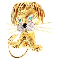 Van Cleef & Arpels Lion Ebouriffe Diamond Emerald Onyx Large Yellow Gold Brooch