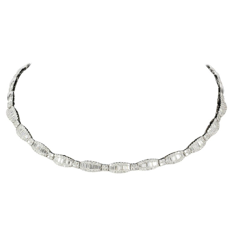 White Gold 10 Carat Total Baguette and Round Cut Diamond Necklace For Sale