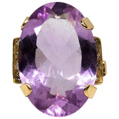 Fabulous Retro 18 Karat Gold Amethyst Ring