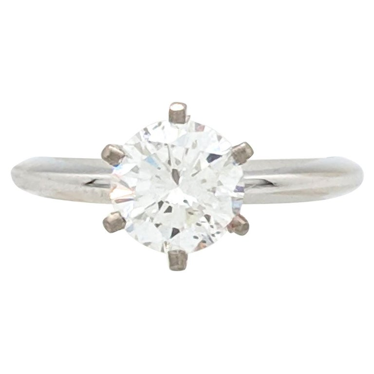 .96 Carat Round Brilliant Cut Natural Diamond Ring GIA Certified SI1/F For Sale