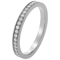 Giulians 18 karat White Gold and White Diamond Ring
