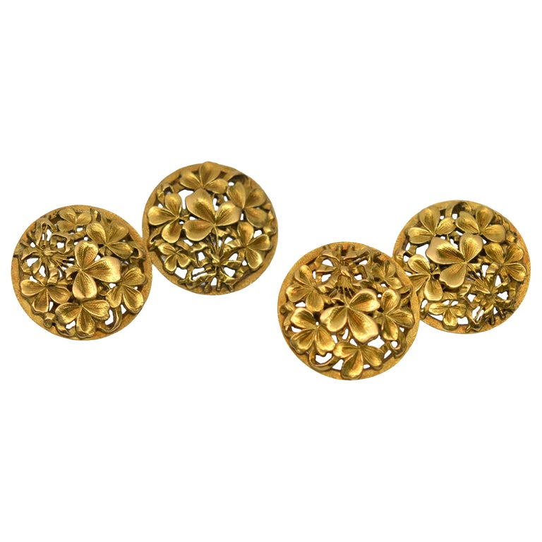 18K Yellow Gold Antique Clover Cuff Links For Sale