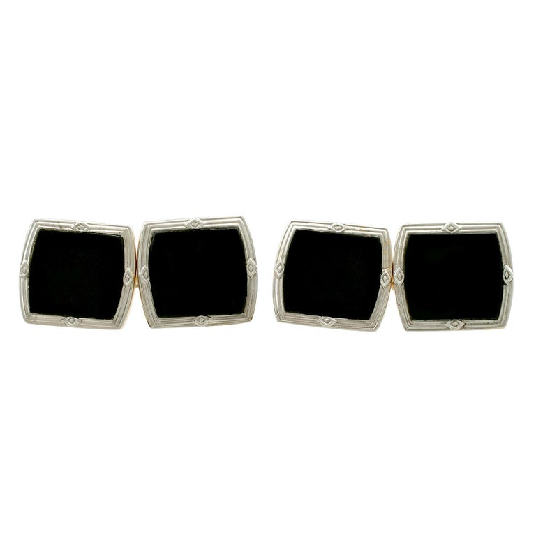 Antique Art Deco Black Onyx and Yellow Gold Platinum Set Cufflinks For Sale