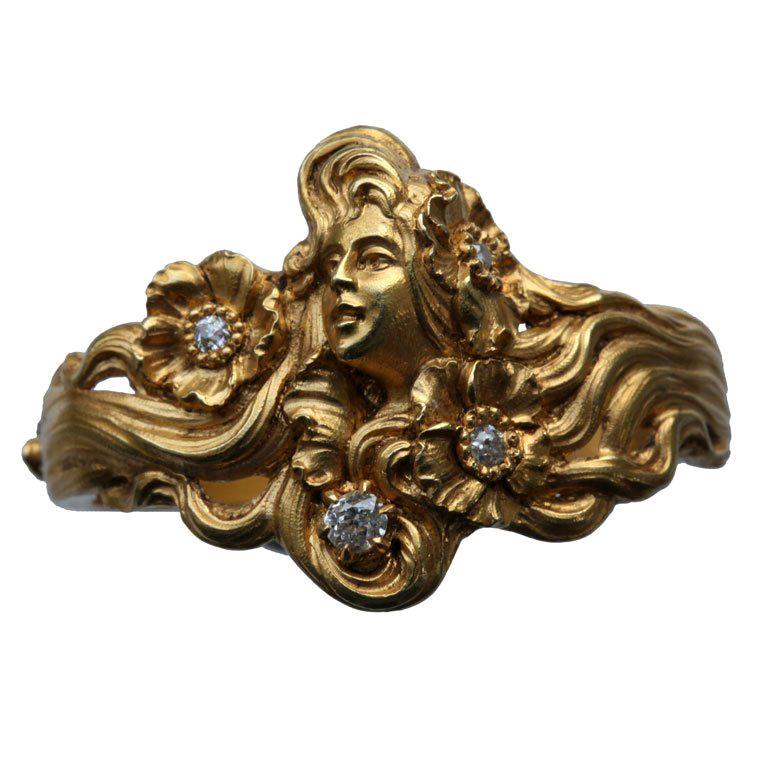 Plisson et Hartz Art Nouveau Diamond Gold Woman Flower Sculpture Scarf Ring