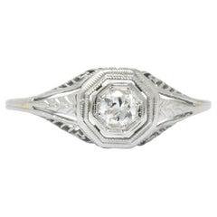 1920s 0.18 Carat Diamond 18 Karat White Gold Engagement Ring