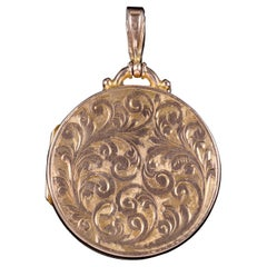 Antique Victorian 9 Carat Rose Gold Round Engraved Locket, circa 1900
