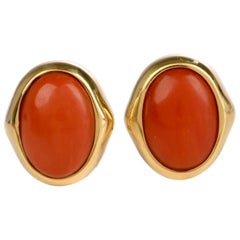 1960s Italian Coral 18 Karat Yellow Gold Earrings