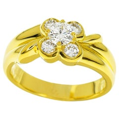 Van Cleef & Arpels Diamond 18 Karat Yellow Gold Place Dauphine Ring