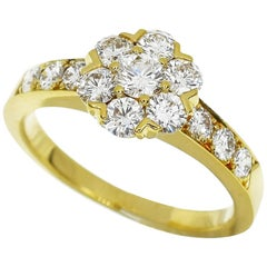 Van Cleef & Arpels Diamond 18 Karat Yellow Gold Fleurette Small Ring
