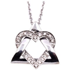 14 Karat White Gold Heart Necklace