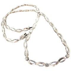 .30 Carat Diamonds Infinity Flat Linked Necklace 14 Karat