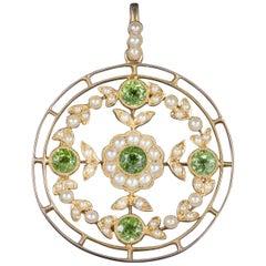 Antique Victorian Floral Peridot Pearl Pendant 18 Carat Gold, circa 1900