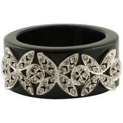 0.24 Diamonds, White Gold Butterfly Details, 5.9g Onyx Band Ring