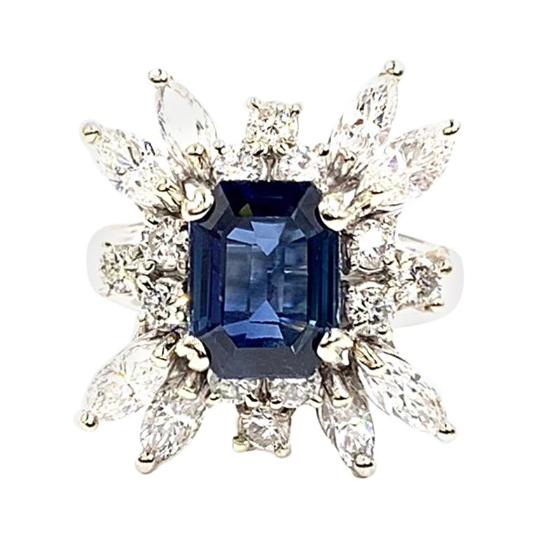 8529838a3bb Vintage White Gold 2.80 Carat Sapphire and Diamond Cocktail Ring For Sale