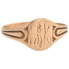 Antique Victorian Signet Ring Child Midi 10 Karat Rose Gold Band Vintage