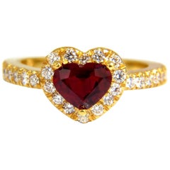 GIL Certified 1.62 Carat Natural Heart Cut Ruby Diamonds Ring 14 Karat