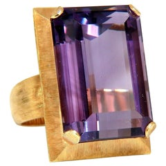 20 Carat Natural Purple Amethyst Ring 14 Karat Vintage Graver Weave