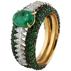 Studio Rêves Emerald and Marquise Diamond Band Ring in 18 Karat Gold