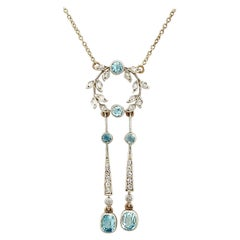 Antique 1900s 1.32 Carat Aquamarine and Diamond Yellow Gold Pendant