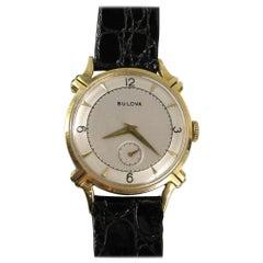 Bulova 14 Karat Yellow Gold Men's Wristwatch, 1950s