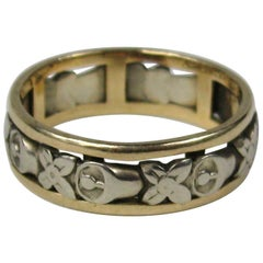 Victorian 14 Karat Yellow and White Gold Cut Out Floral Wedding Band Ring
