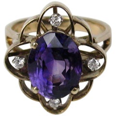 14 Karat Yellow Gold Amethyst Diamond Ring, 1940s