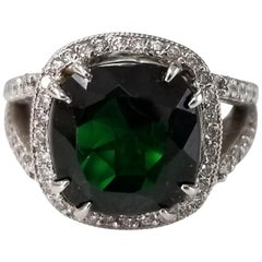 14 Karat White Gold Chrome Diopside and Diamond Ring
