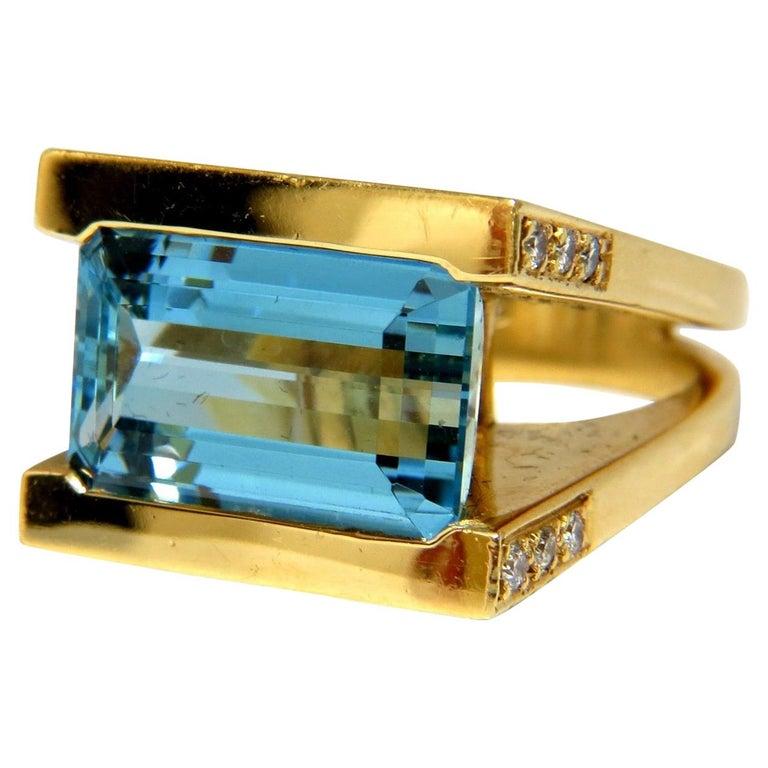 Designer Antongianni 15.20 Carat Natural Aquamarine Diamonds Ring 18 Karat For Sale