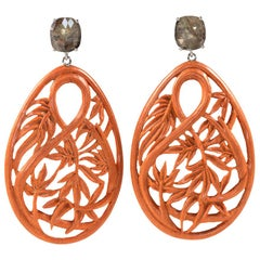 Earrings in 18 Karat White Gold with Carved Bamboo and Diamond