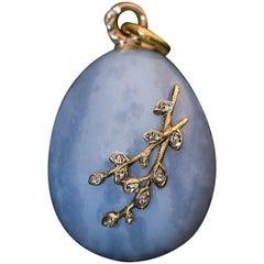 Antique Art Nouveau Russian Chalcedony Egg Pendant
