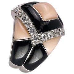 Oro Trend 18 Karat White Gold, .85 Carat Diamond, Black Onyx and Pink Coral Ring