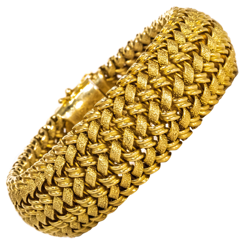 88e42e292 Rare Large 1950/60s Patek Philippe 18kt Yellow Gold Herringbone Motif  Bracelet at 1stdibs