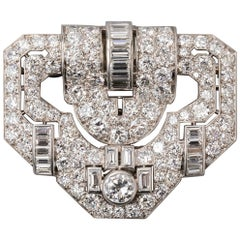11 Carat Platinum and Diamonds French Art Deco Brooch