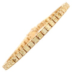9.77 Carat Fancy Yellow Diamond Cushion Shape 18 Karat Yellow Gold Bracelet