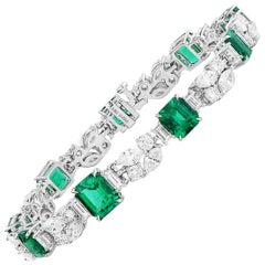 GIA Certified 14.38 Carat Natural Vivid Green Emerald Diamond Gold Bracelet