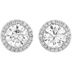 1.58 Carat VVS2 Natural White Round Diamond 18 Karat White Gold Stud Earrings