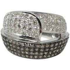 3.20 Carat White Round Brilliant Diamond And Brown Diamond Cocktail Ring In 18K