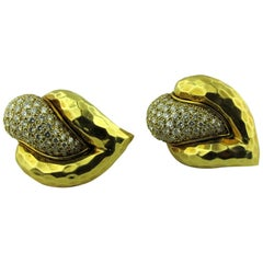 Henry Dunay 18 Karat Yellow Gold and Diamond Earrings