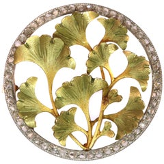Utmost Charming Art Nouveau Brooch with Diamonds and Ginkgo Biloba Leaves