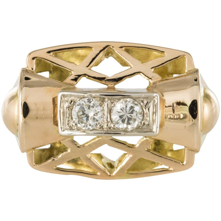 1940s 0.20 Carat Diamond Yellow Gold Retro Ring For Sale